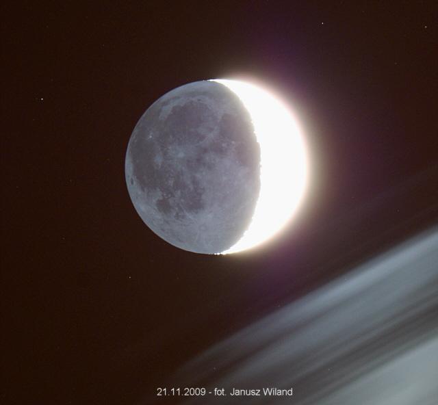 [Obrazek: 2009_11_21_moon1.jpg]