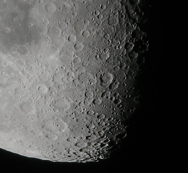 [Obrazek: moon_sony_jw.jpg]